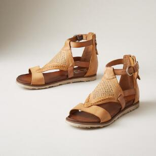 ARTEMISIA SANDALS
