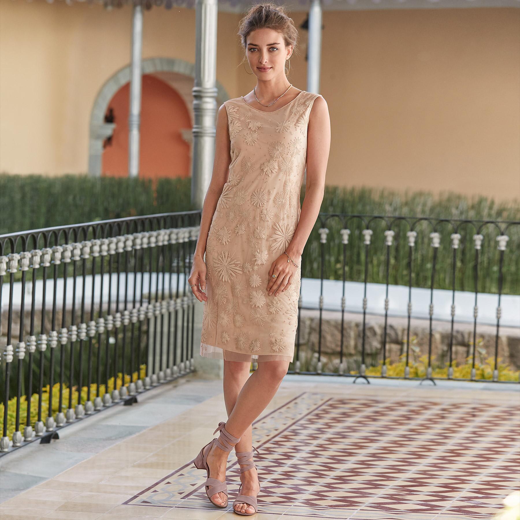 CLUNY SHIFT DRESS: View 1