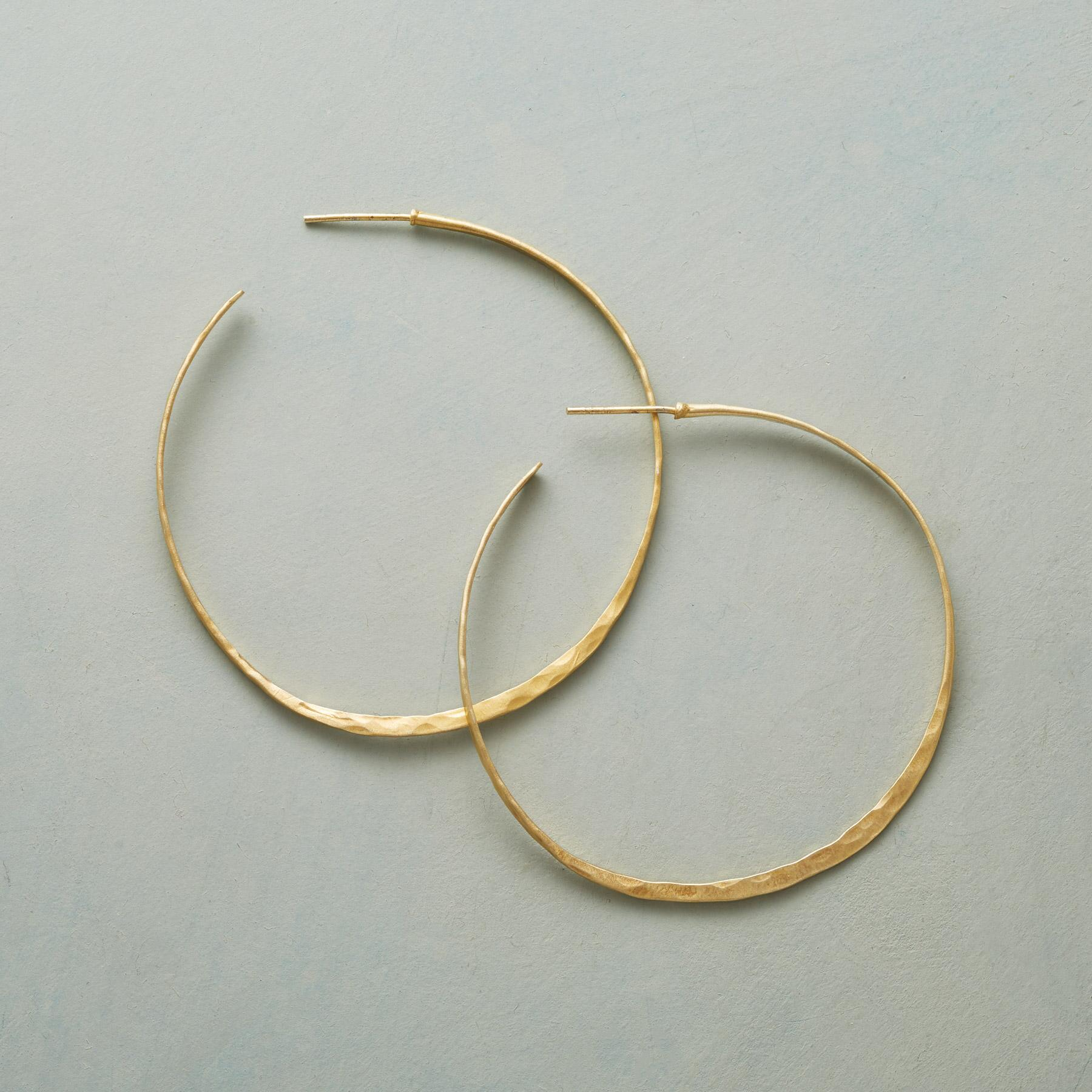 WANDERLUST HOOP EARRINGS: View 1