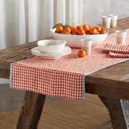 SPRINGHILL LINEN TABLE RUNNER