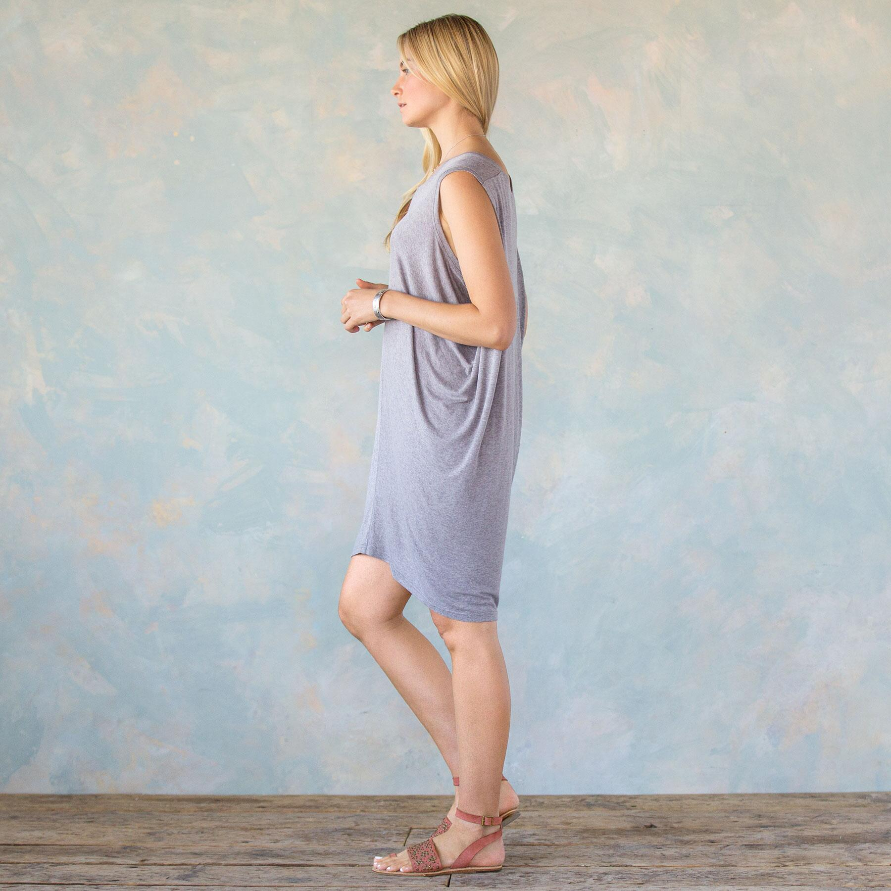 DRAPE KNIT DRESS: View 2