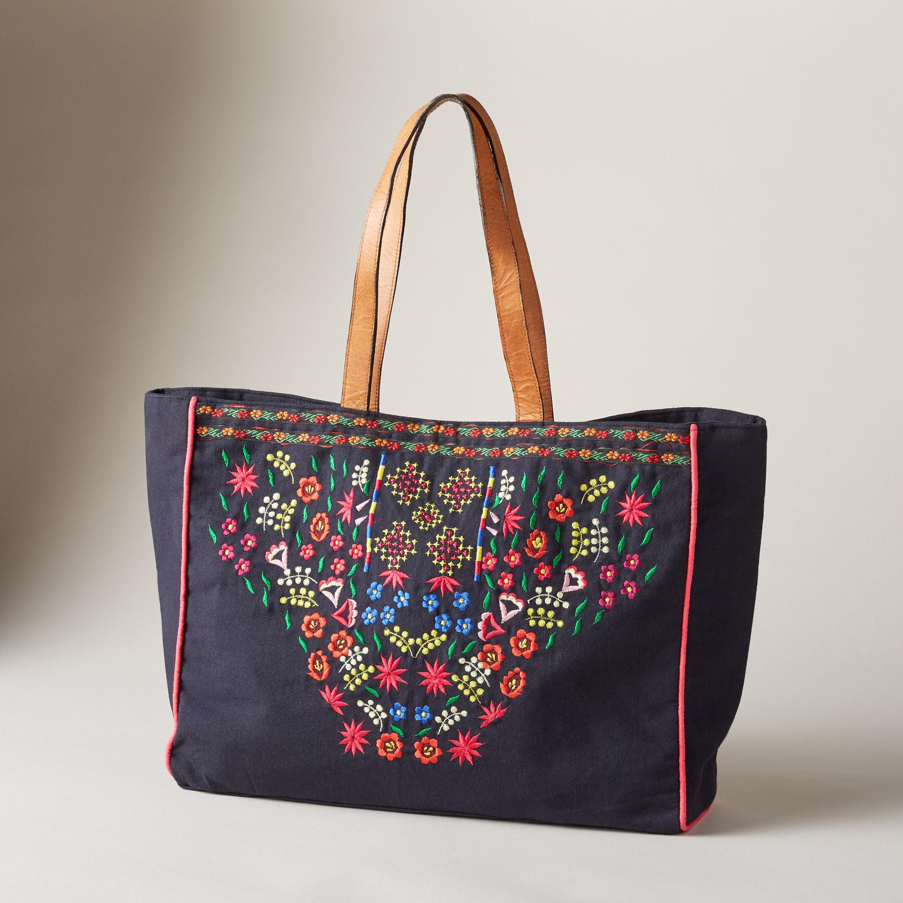 ALPINE BLOOMS TOTE: View 1