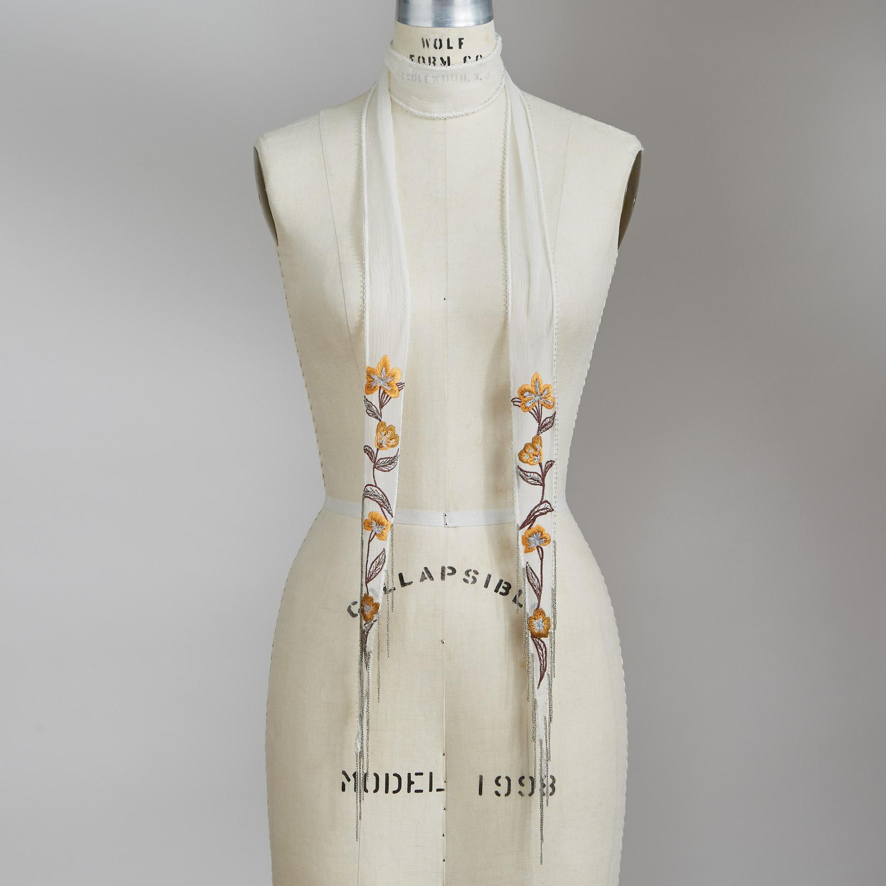 FLORAL EMBROIDERED SCARF: View 1