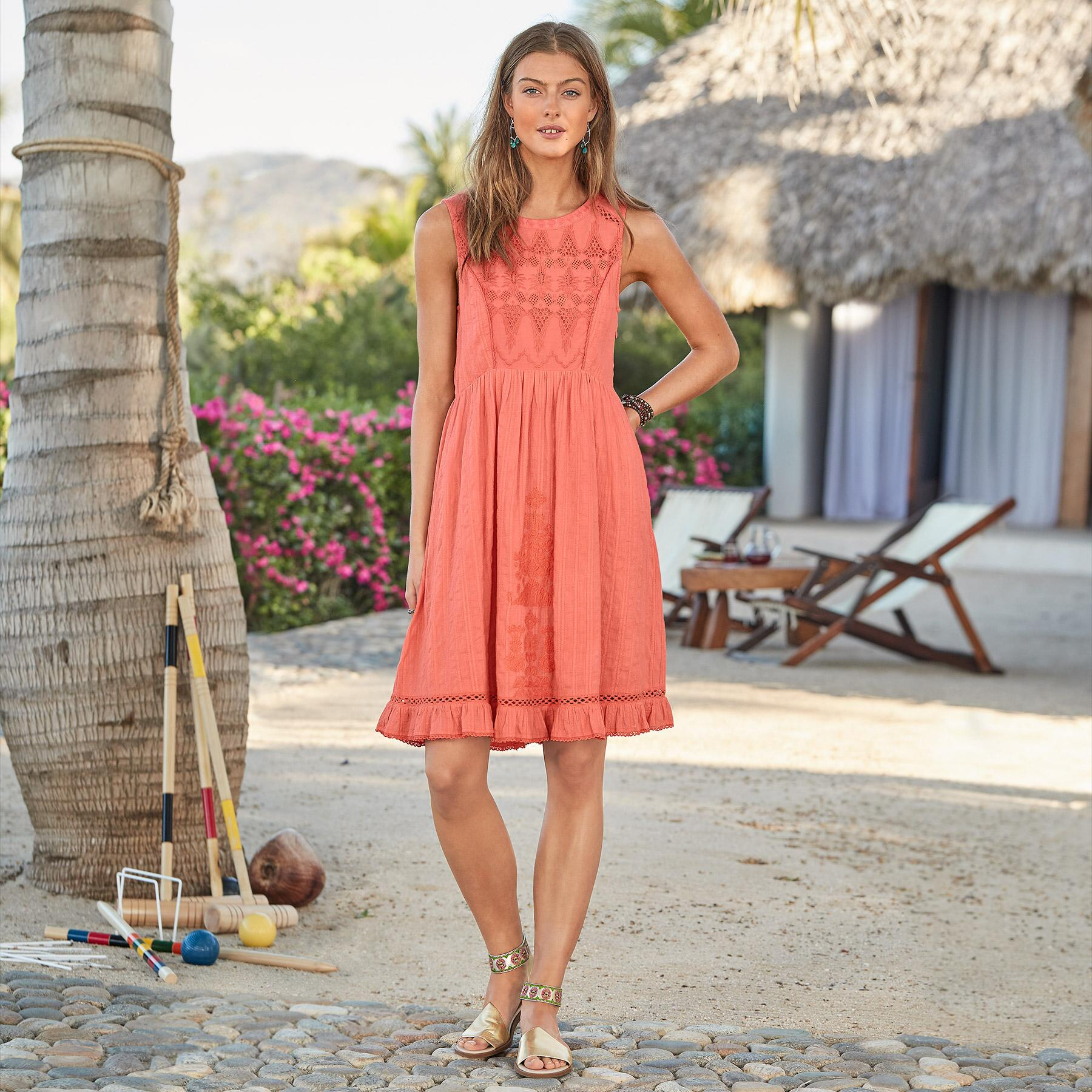 RELISH THE DAY DRESS PETITE: View 1
