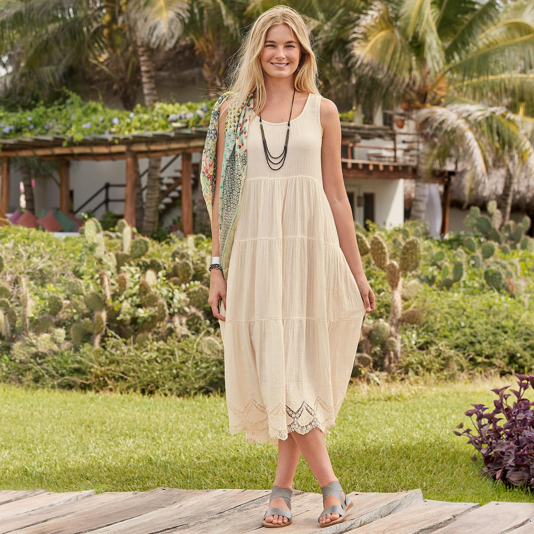 ETHEREA DRESS PETITE: View 1