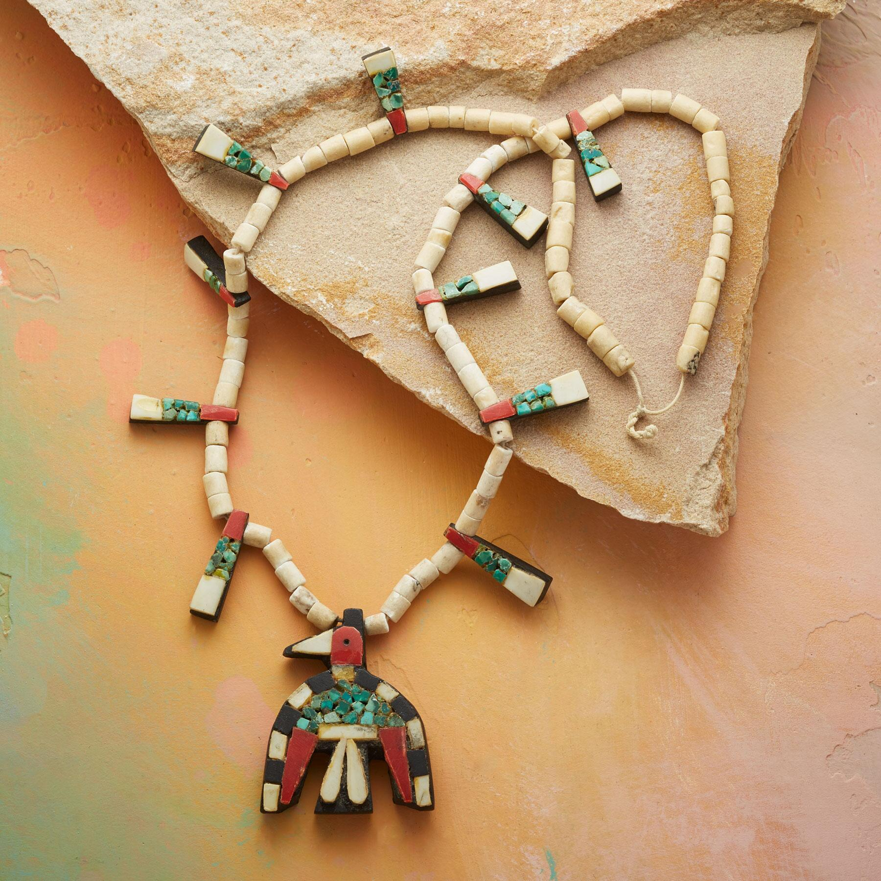 1930S SANTO DOMINGO THUNDERBIRD NECKLACE: View 2