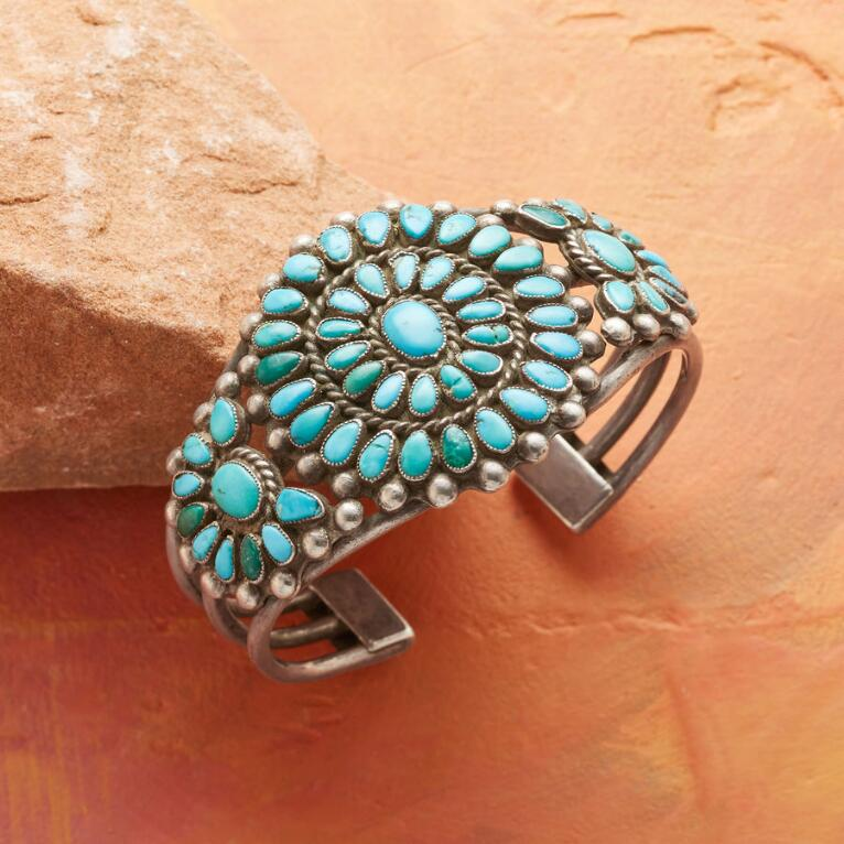 1950S PETIT POINT TURQUOISE CUFF