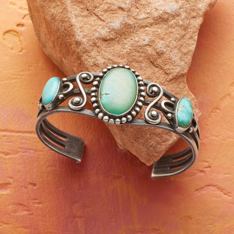 1920S TURQUOISE & COIN SILVER CUFF