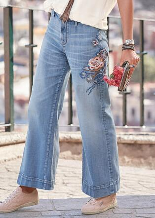CHARLEE BLOSSOM JEANS BY DRIFTWOOD