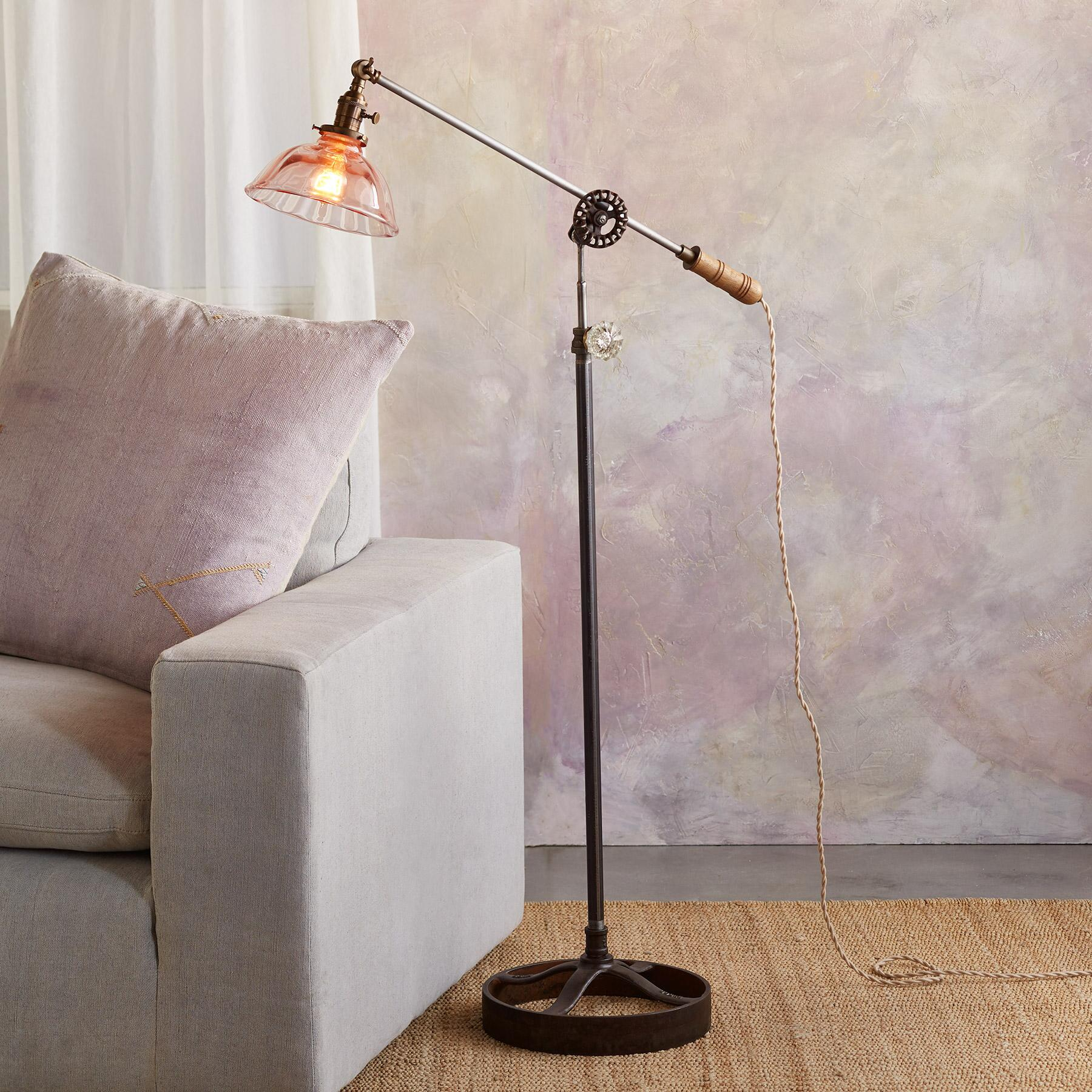 AUBURN FLOOR LAMP: View 1