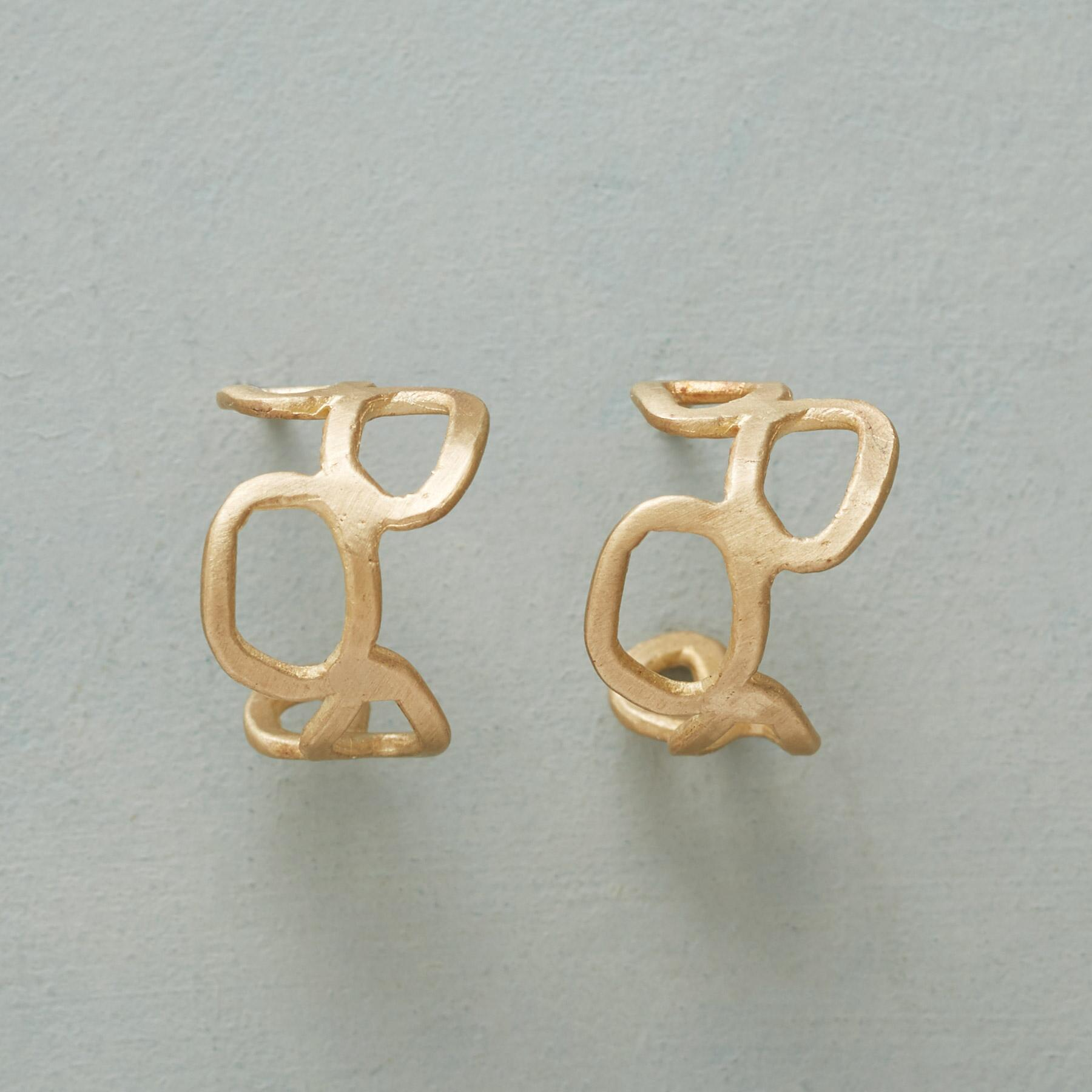 GOLD MEANDER EARRINGS: View 1