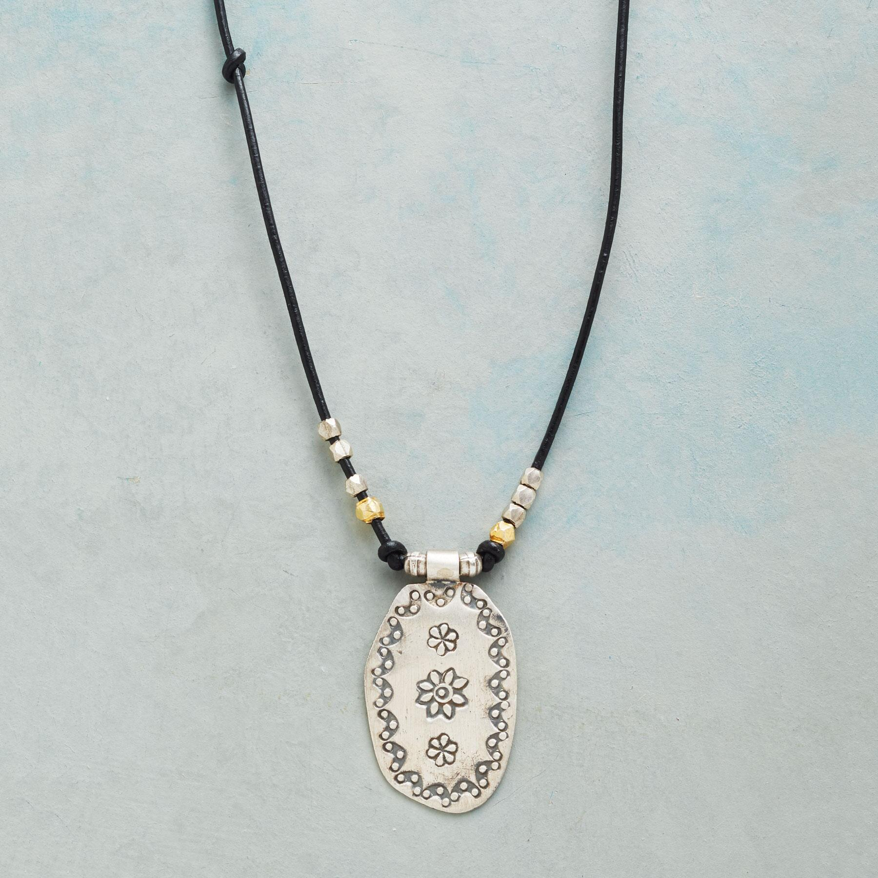 KAYIN NECKLACE: View 1