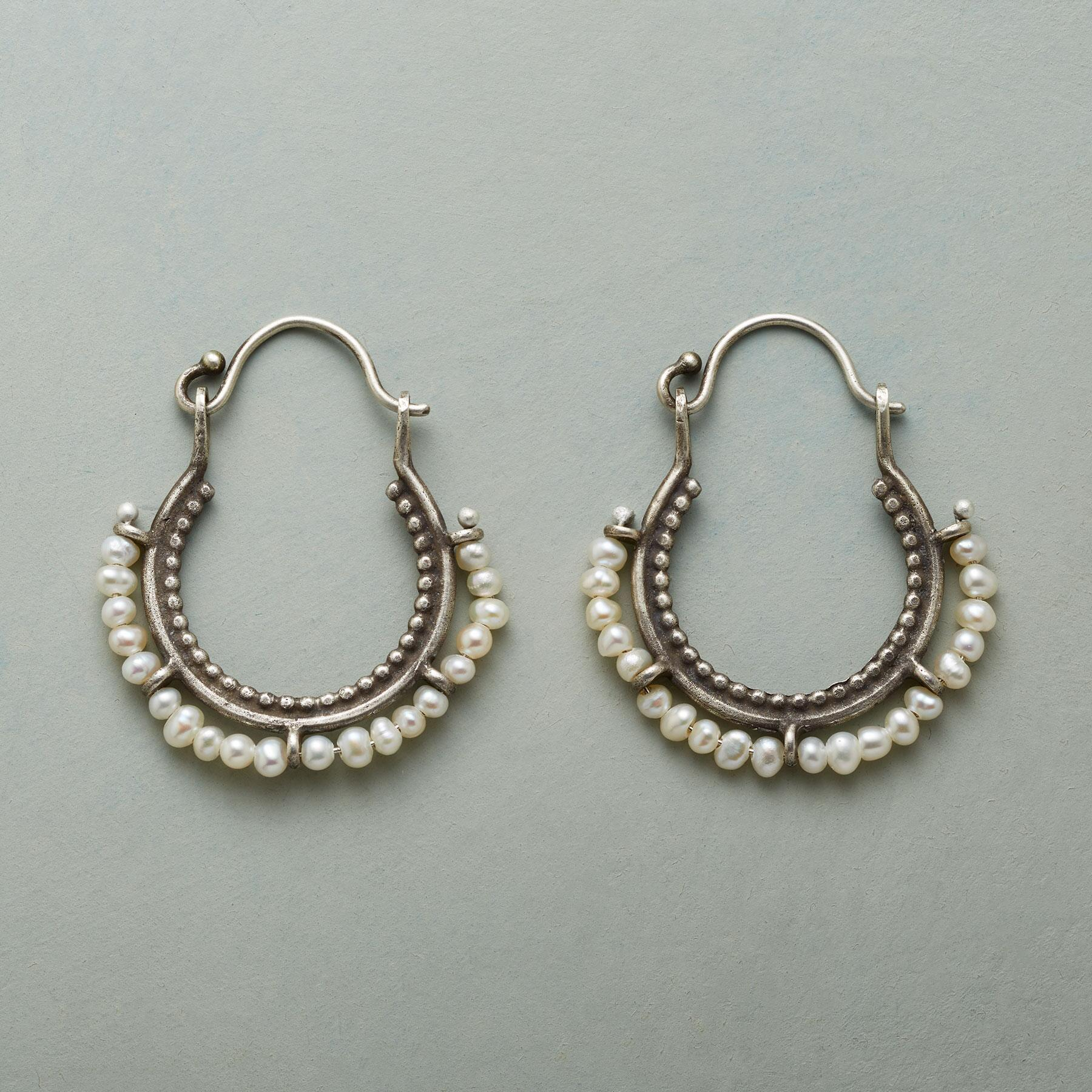 ARCO PERLA EARRINGS: View 1