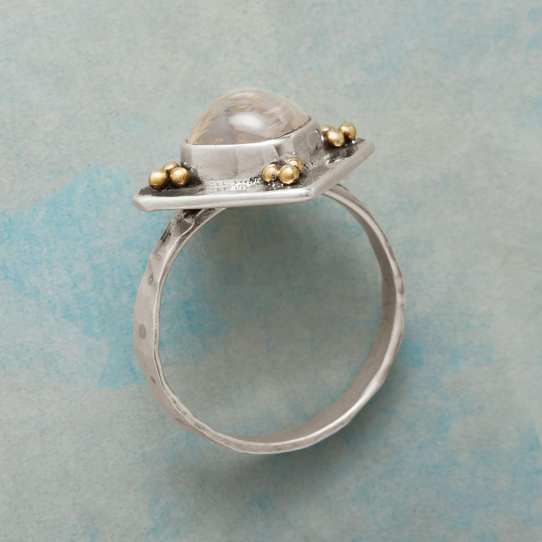 CORNERPLACE RING: View 2