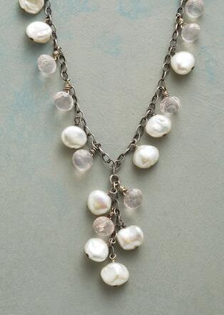 SNOWFLURRY NECKLACE
