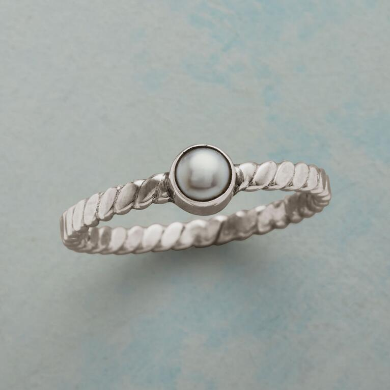 POINTEDLY PEARL RING