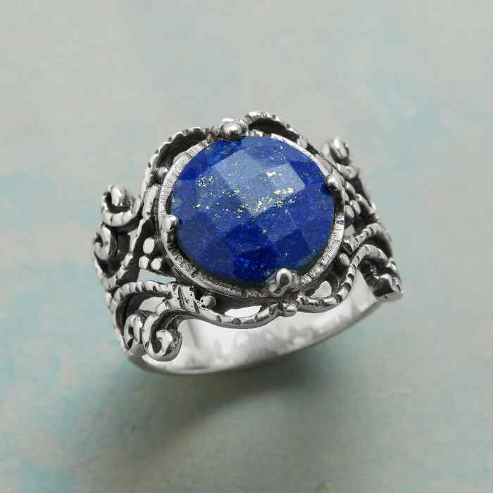 COUNTRY PALACE RING
