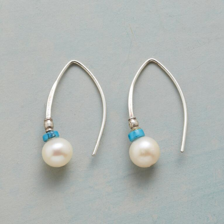 GLISSADE PEARL EARRINGS