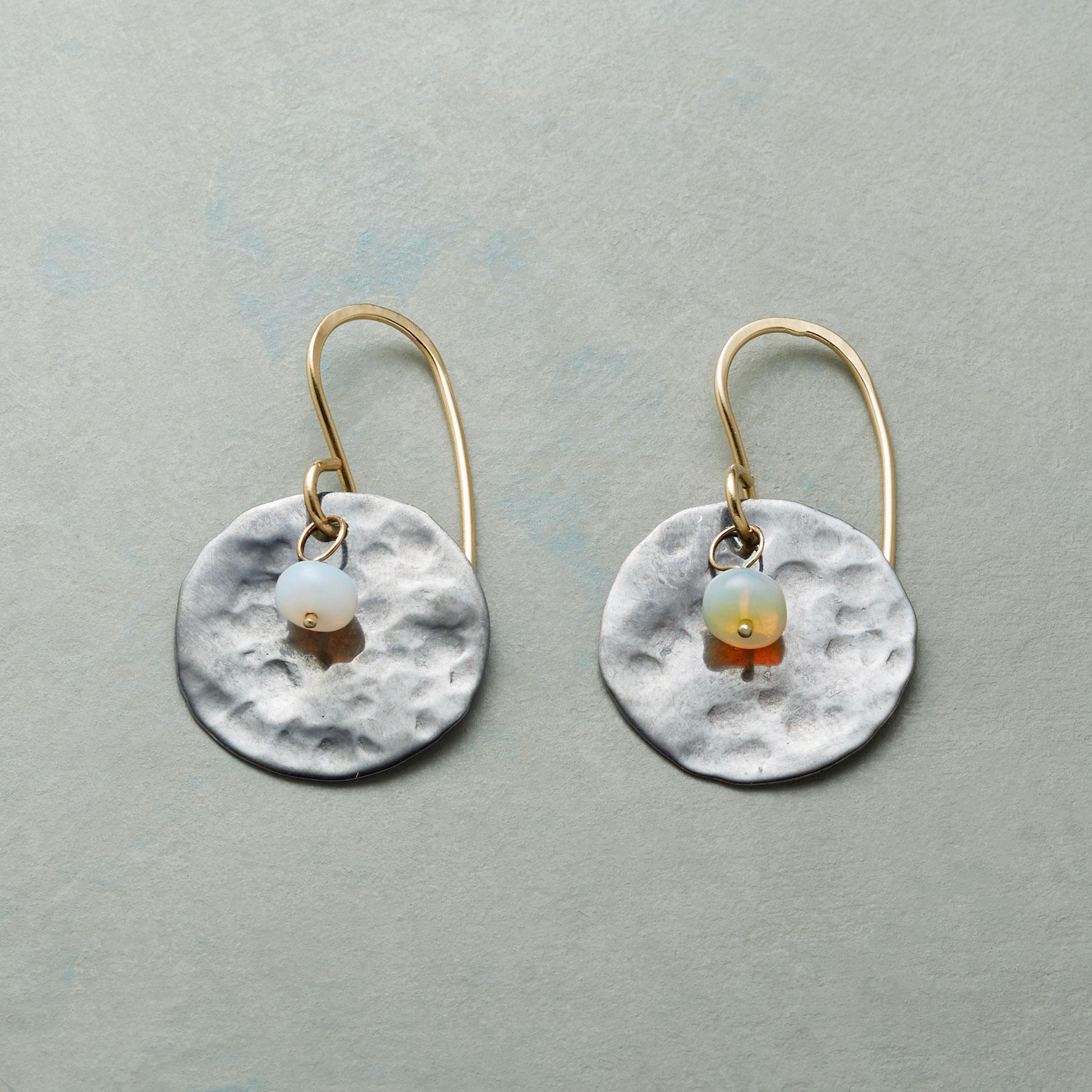 MOON MOMENT EARRINGS: View 1