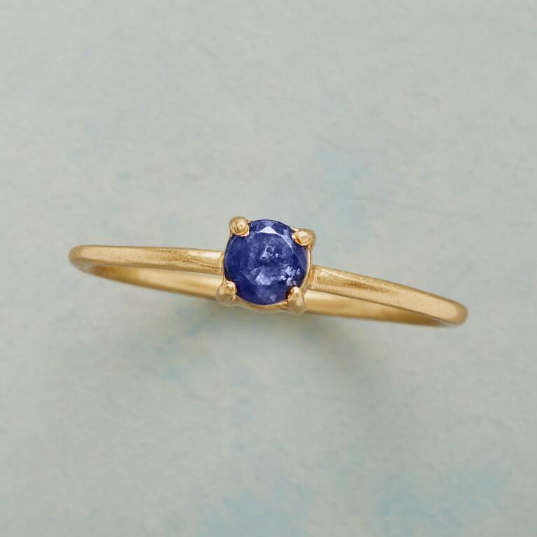 SIMPLY IOLITE RING