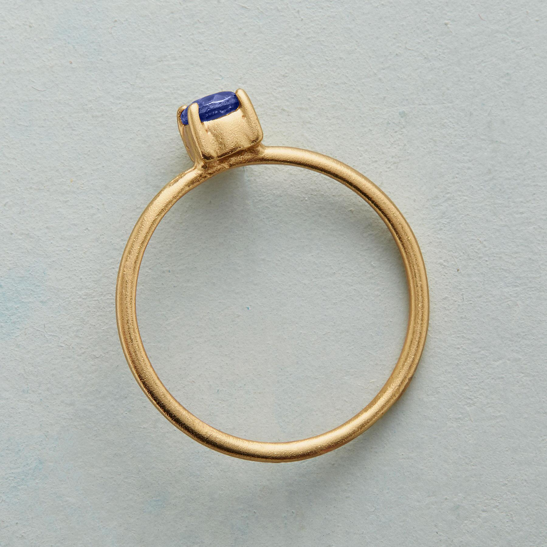 SIMPLY IOLITE RING: View 2