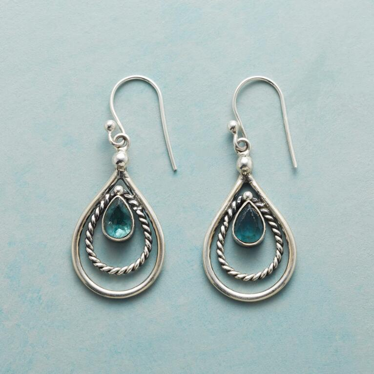 ROPED APATITE EARRINGS