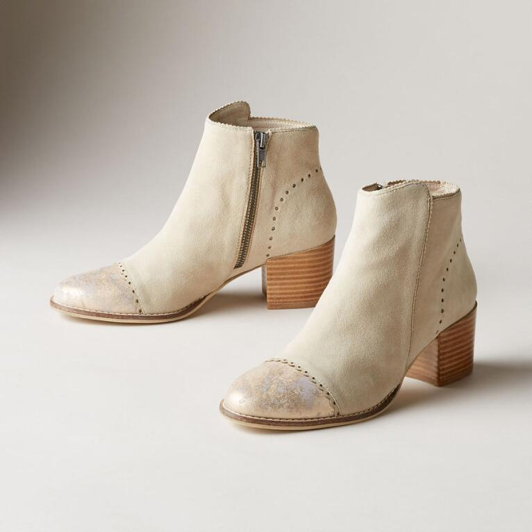 TIPPED CHANTILLY BOOTS