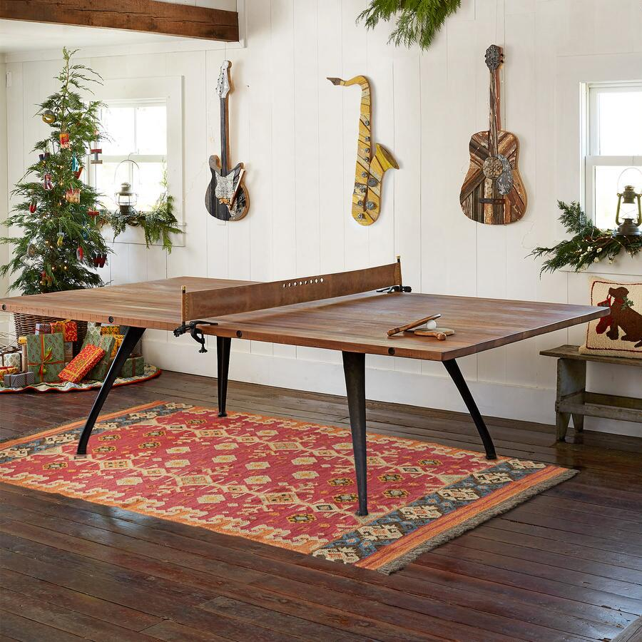CLASSIC PING PONG TABLE