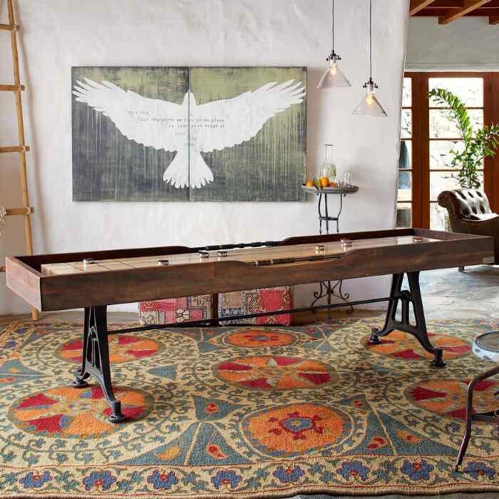 CLASSIC SMALL SHUFFLEBOARD TABLE