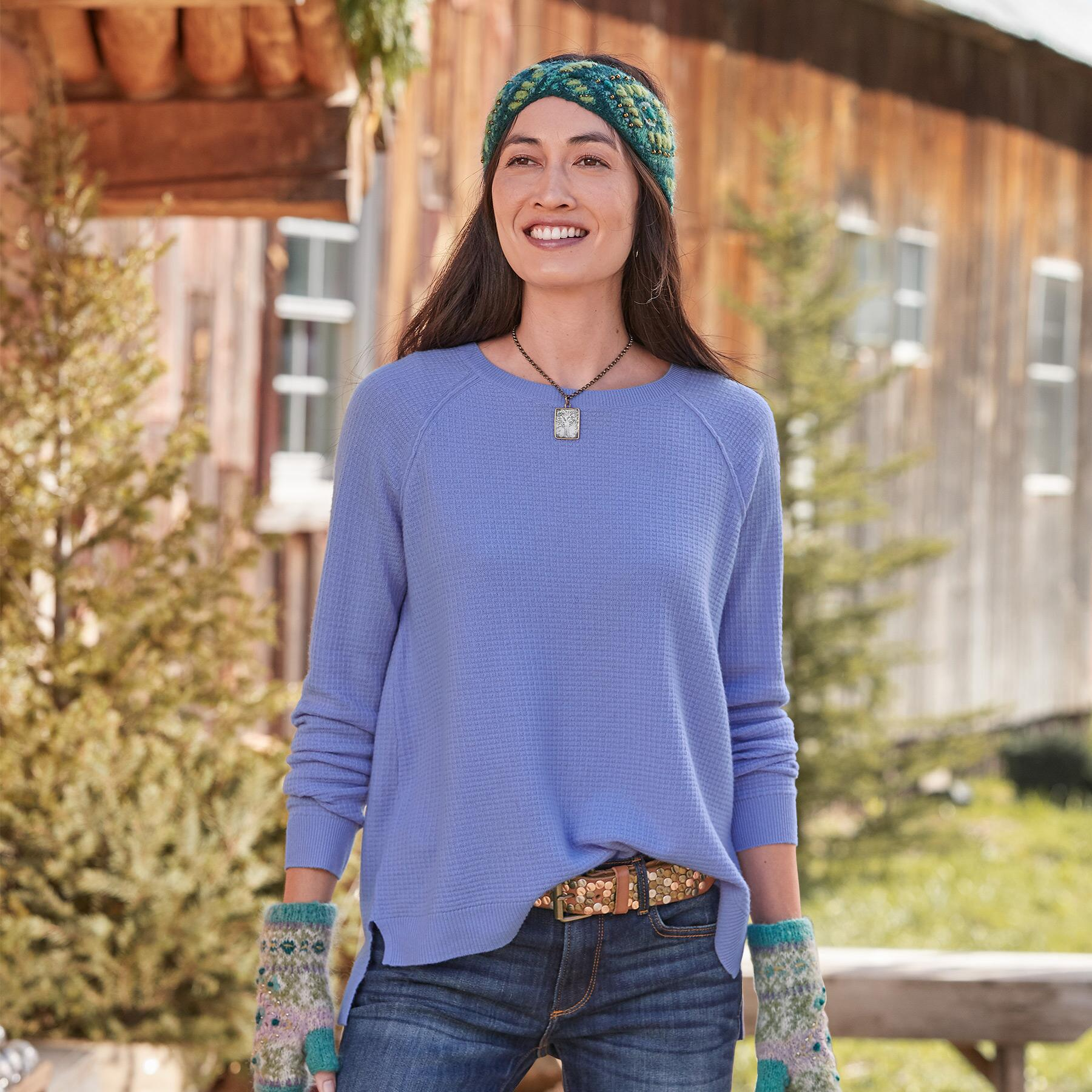 SIMPLE DAYS CASHMERE PULLOVER: View 1