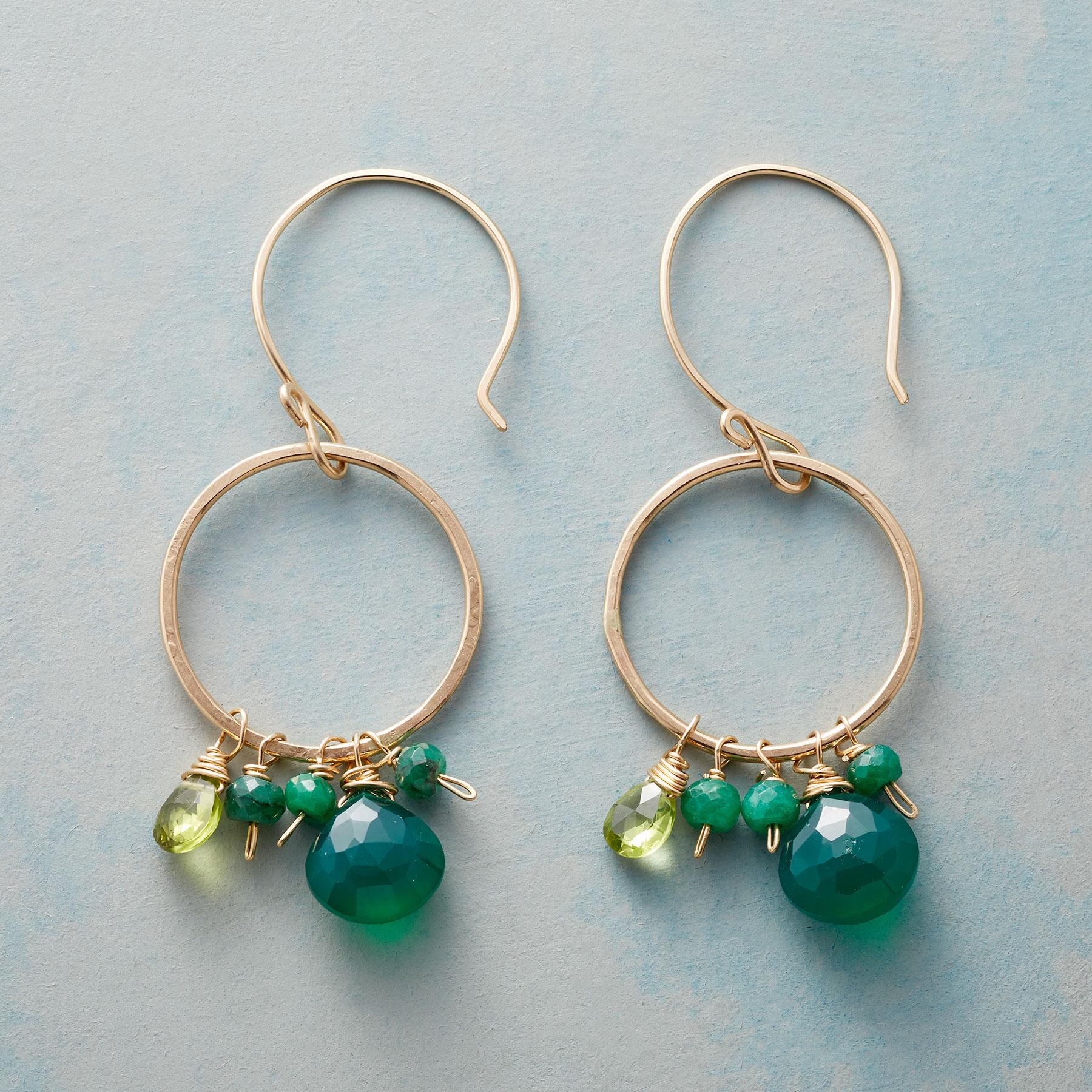 GREEN ENSEMBLE EARRINGS: View 1