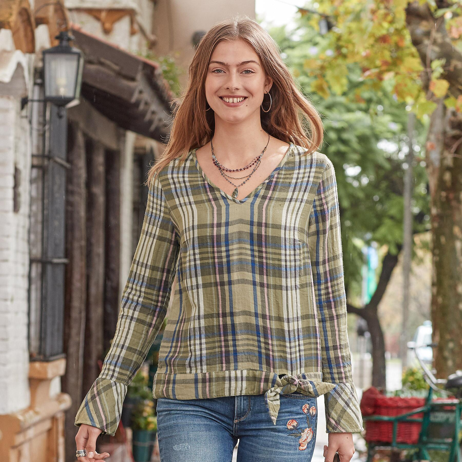 WILLOW PLAID TOP: View 2