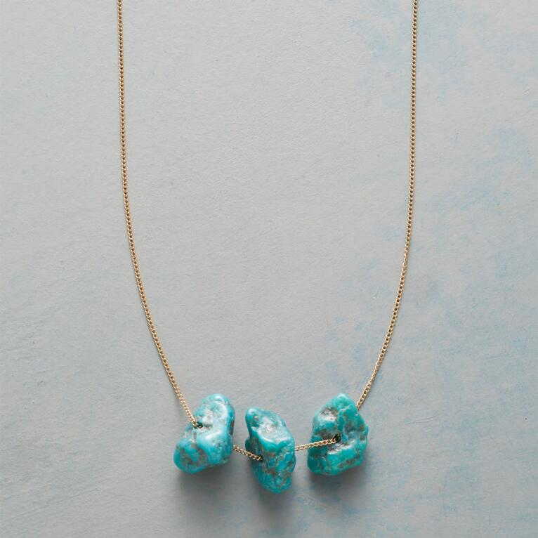 THREE NUGGETS NECKLACE