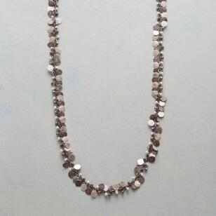 MANY PAILLETTES NECKLACE