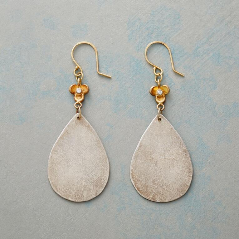 ANTIQUARIANNA EARRINGS