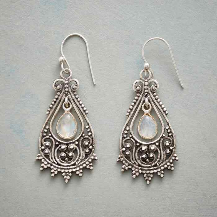 MOONSTONE BREEZEWAY EARRINGS