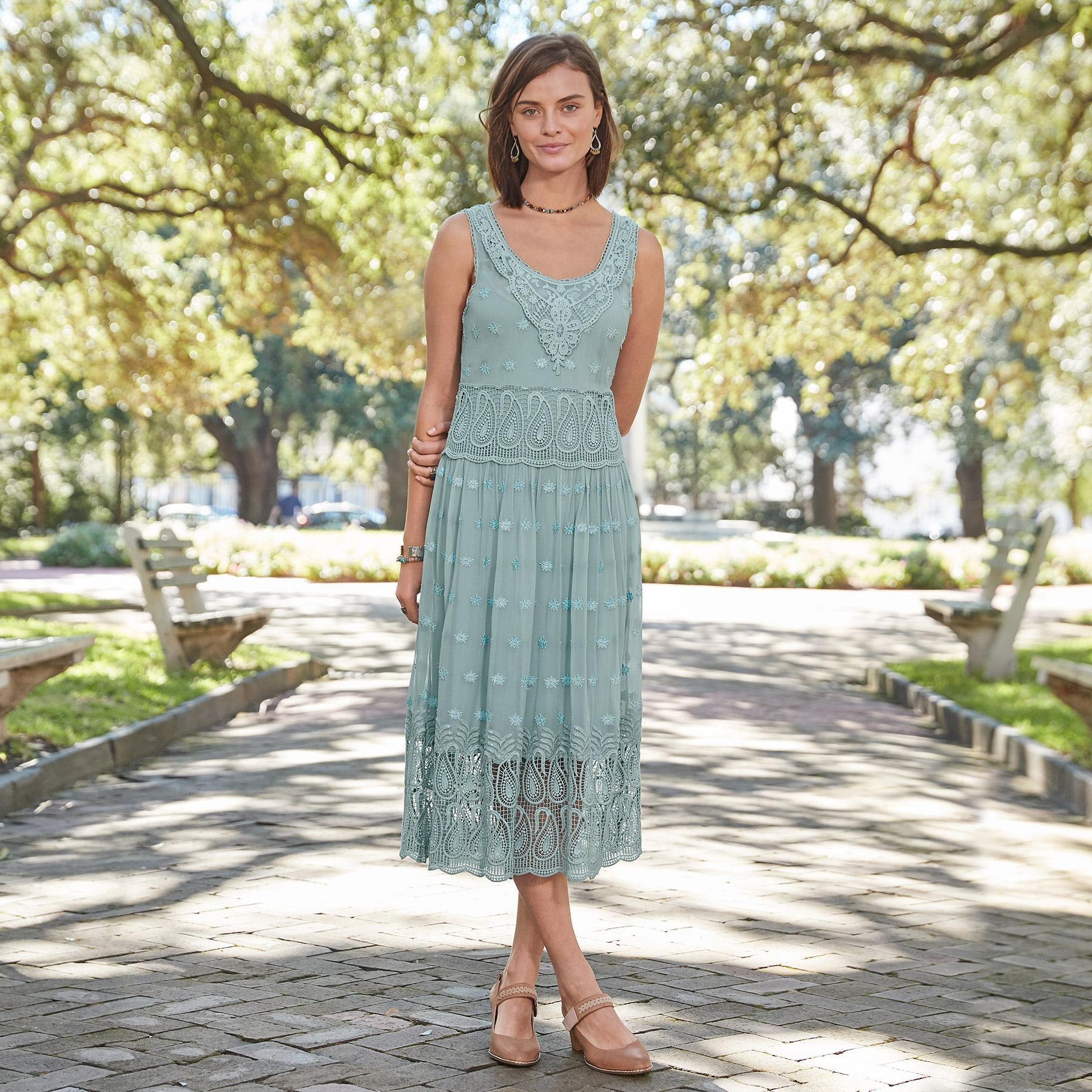 LOVE FOREVER DRESS PETITE: View 1