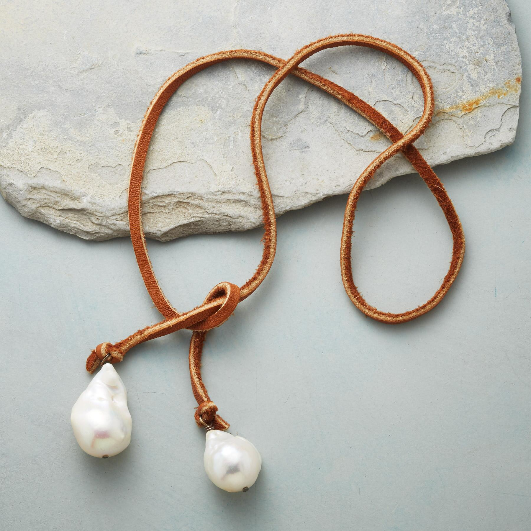 TWO OF A KIND LARIAT NECKLACE: View 2