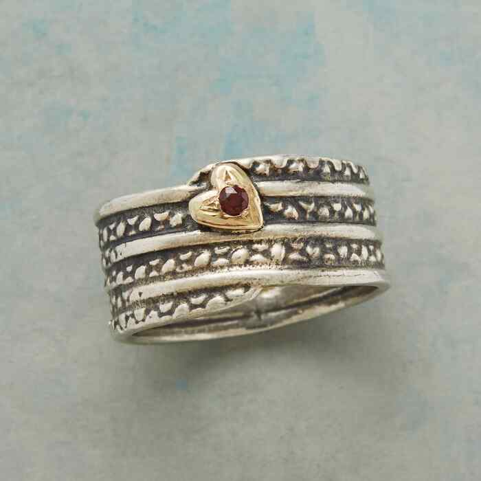 LOVES JOURNEY RING