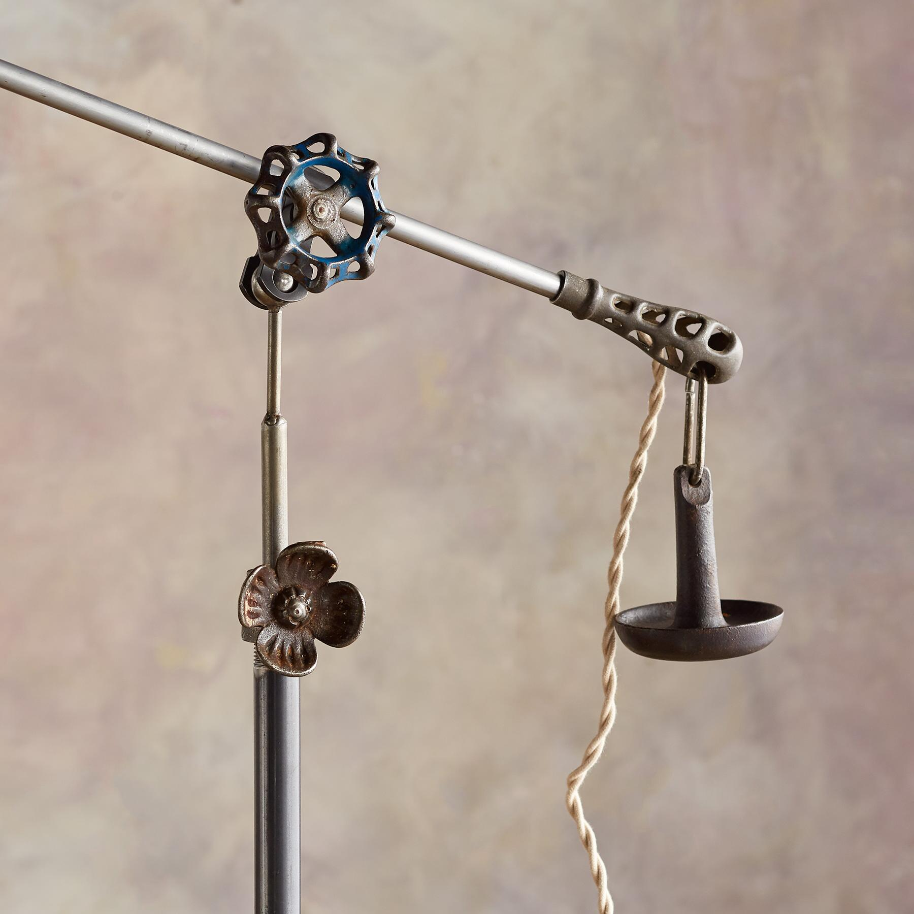 ARCHIE CREEK FLOOR LAMP: View 3