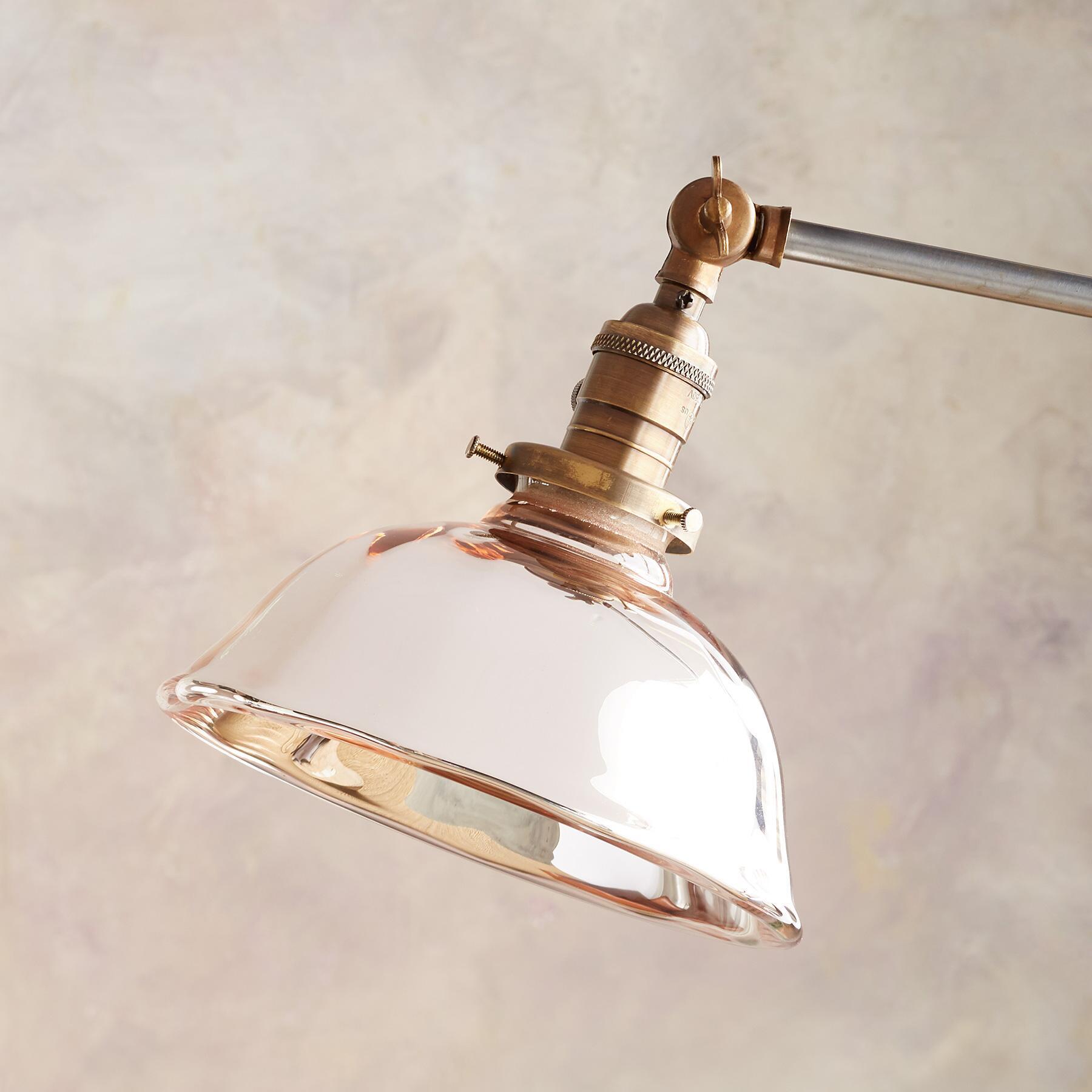 TWIN CREEK FLOOR LAMP: View 2