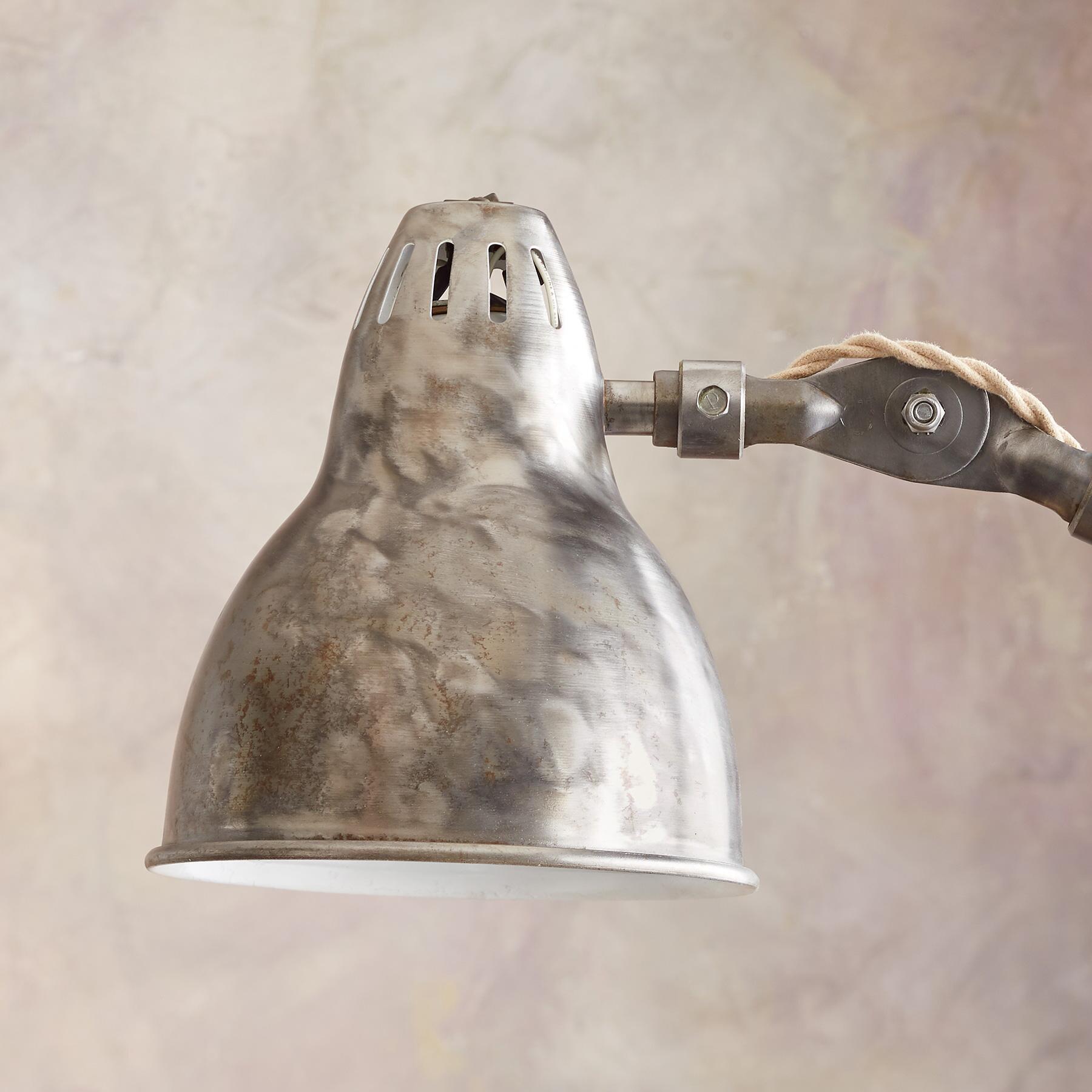 BULL CREEK FLOOR LAMP: View 2