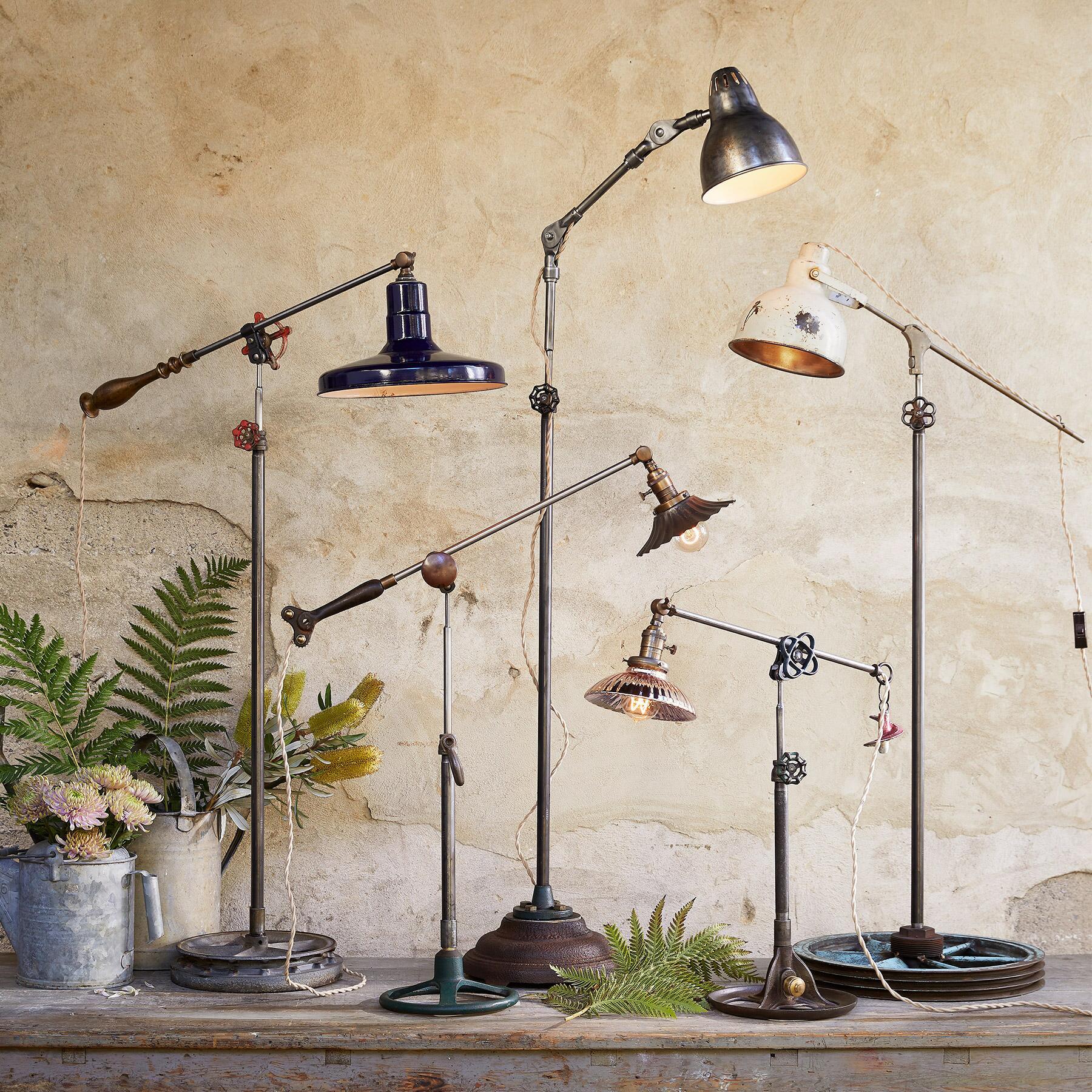 BULL CREEK FLOOR LAMP: View 5