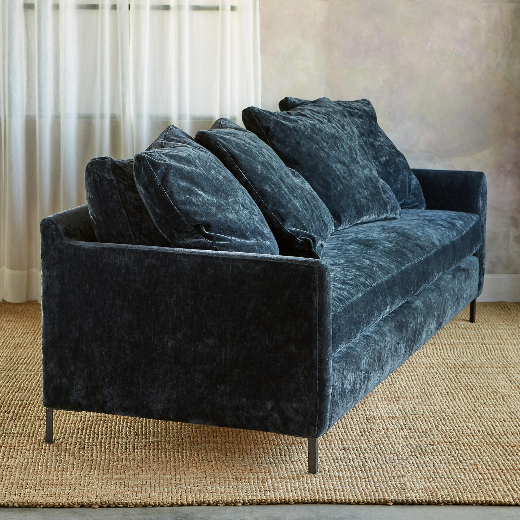 LOWELL VELVET SOFA: View 2