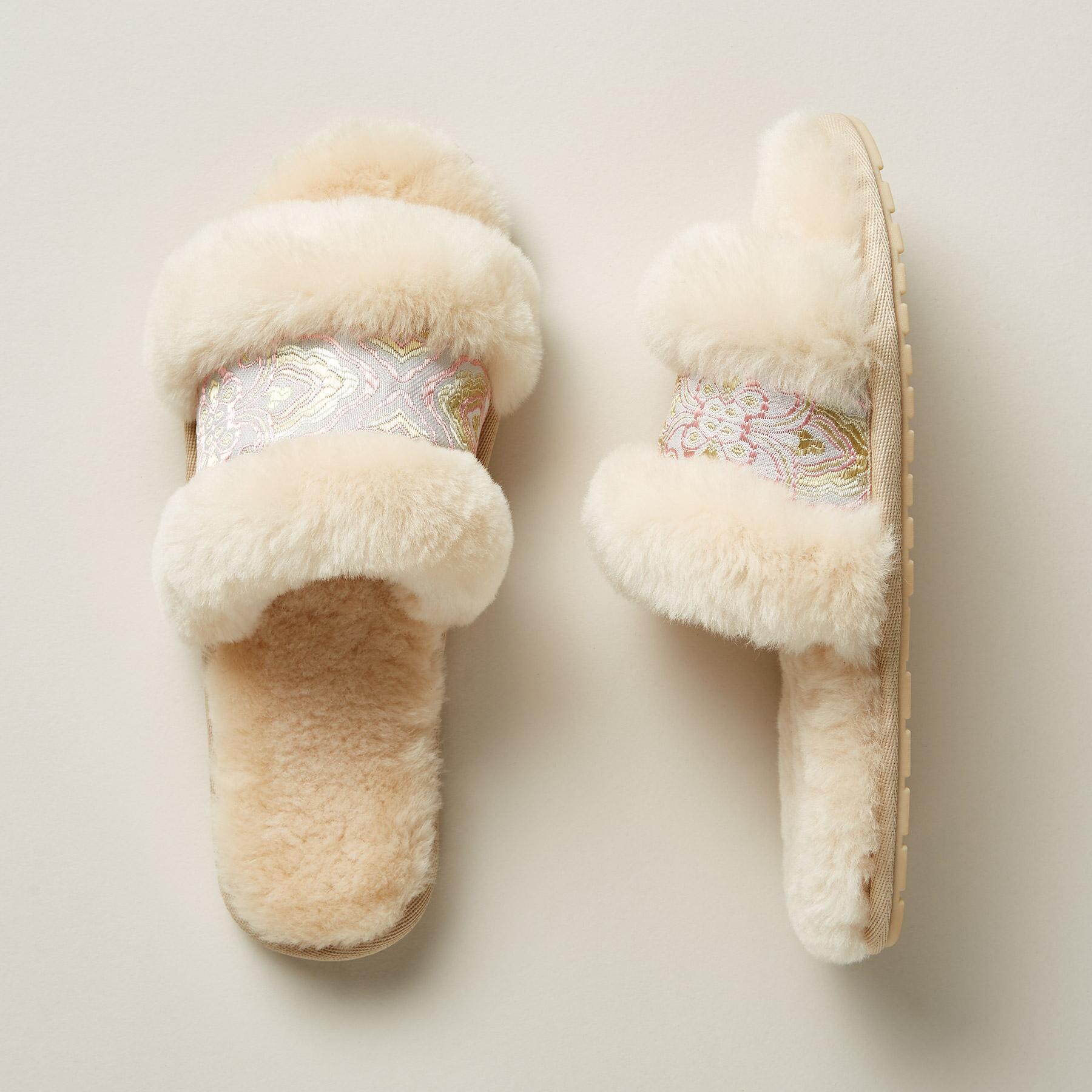Wrenlette Paisley Slippers