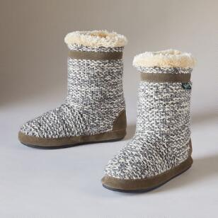 WHITECAP SLIPPER BOOTIES