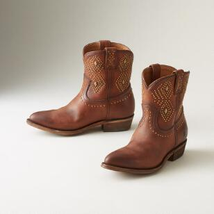 BILLY STUD BOOTS