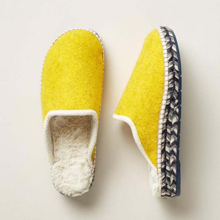 NORTHERN SKIES SLIPPERS