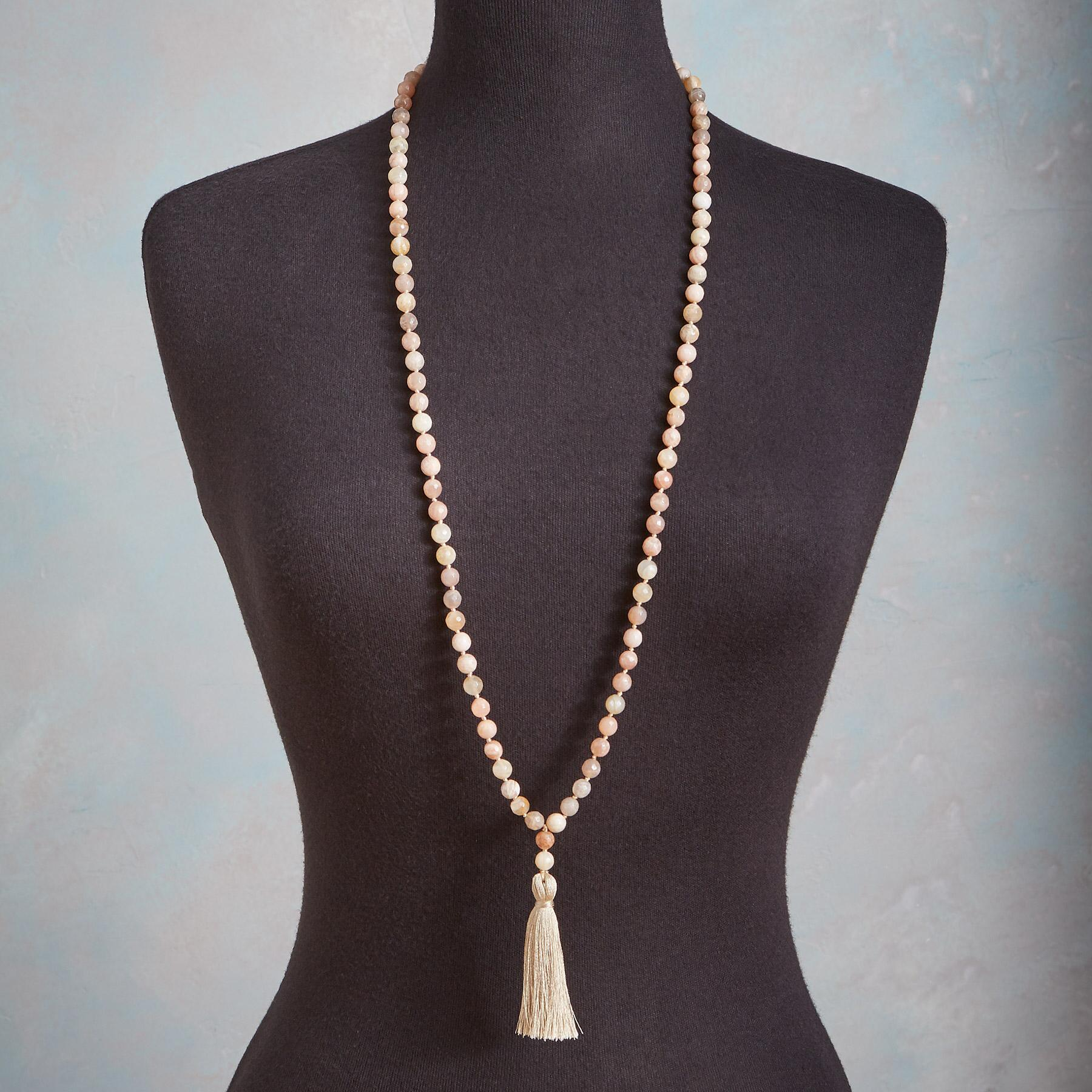 PEACHES AND SILK NECKLACE: View 3