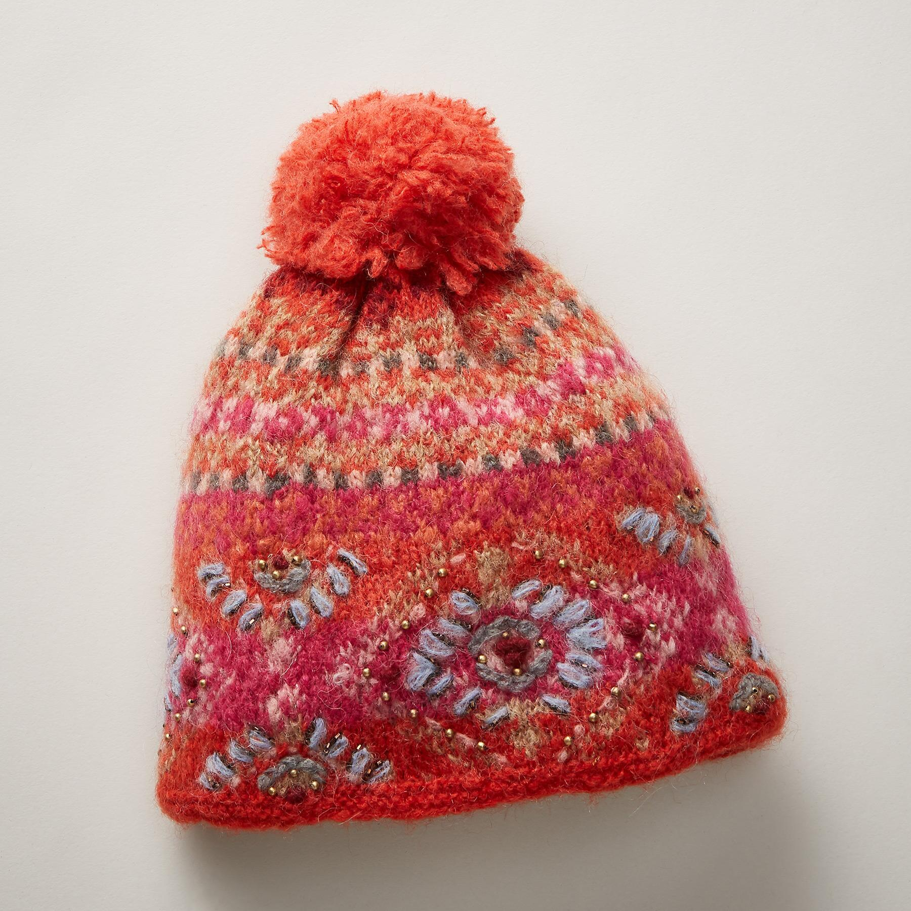 MYSTIC SNOWFALL HAT: View 1